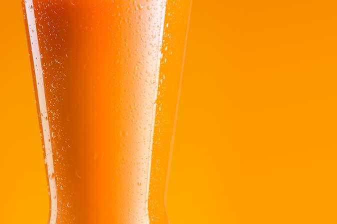 Rugani carrot juice consists of 100% fresh carrots